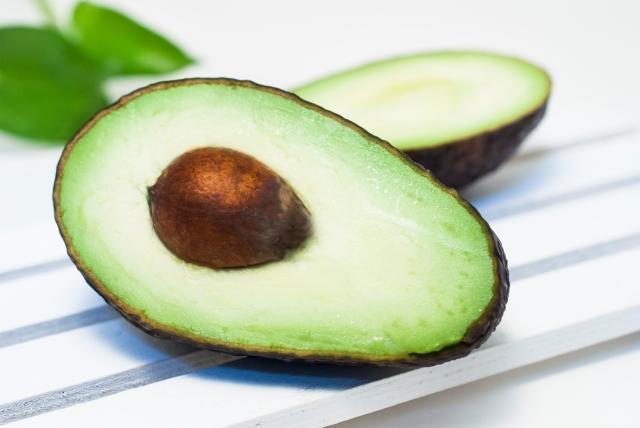 アボカドはダイエットの敵?!カロリーと栄養成分から検討してみた結果・・・